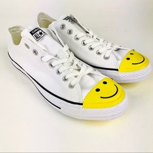 Converse Chuck Taylor All Star Low Smiley Face 9